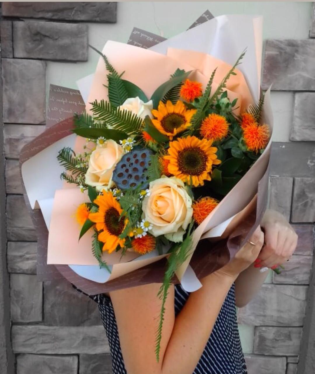 Доставка цветов в г новосибирск, букеты для